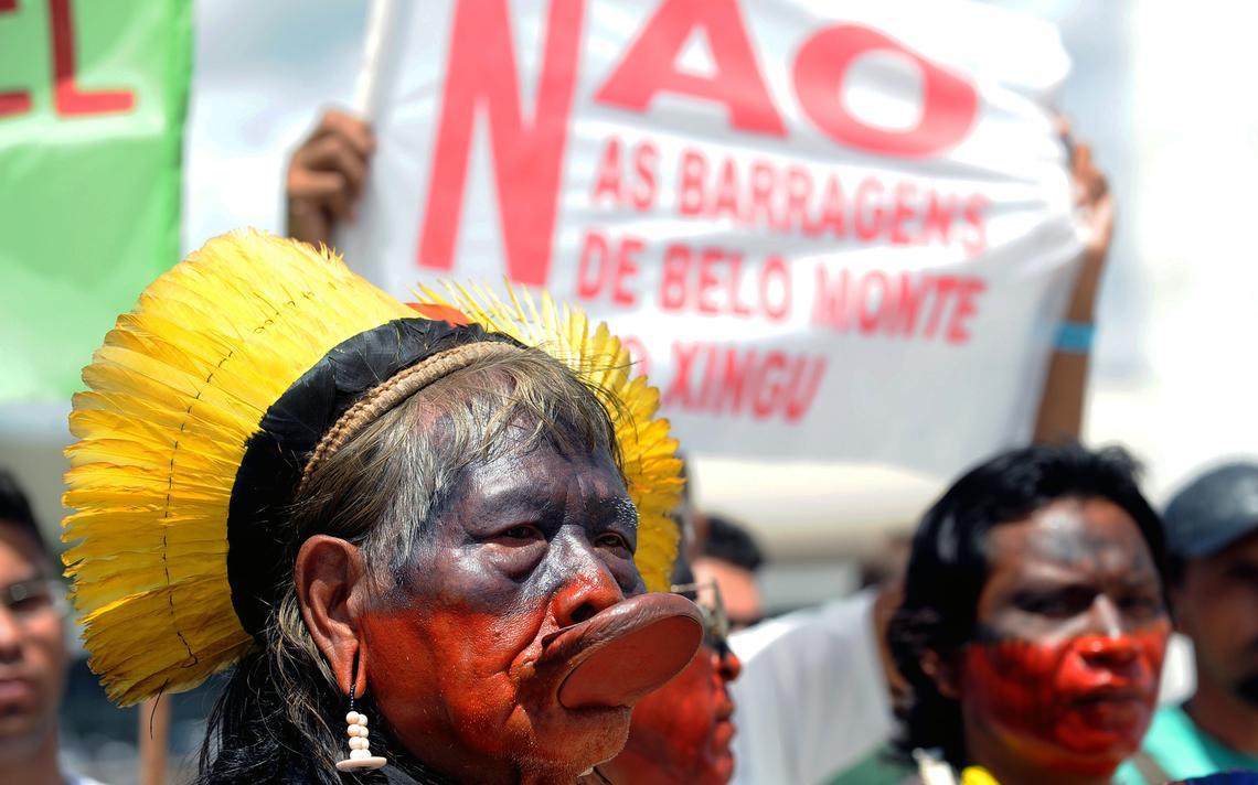 Povos indígenas vão à capital do país protestar contra as obras de hidrelétrica