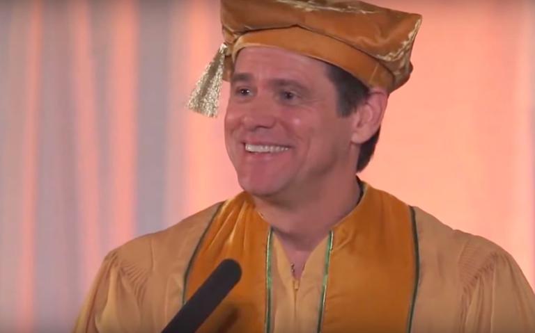 O comediante Jim Carrey preparou um discurso de formatura para estudantes da Universidade de Iowa, nos EUA