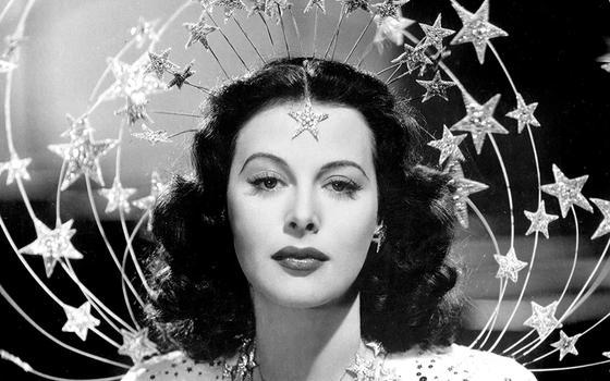 4 momentos da vida de Hedy Lamarr, atriz e cientista