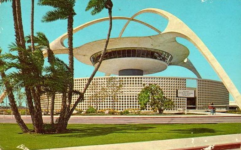 lax googie