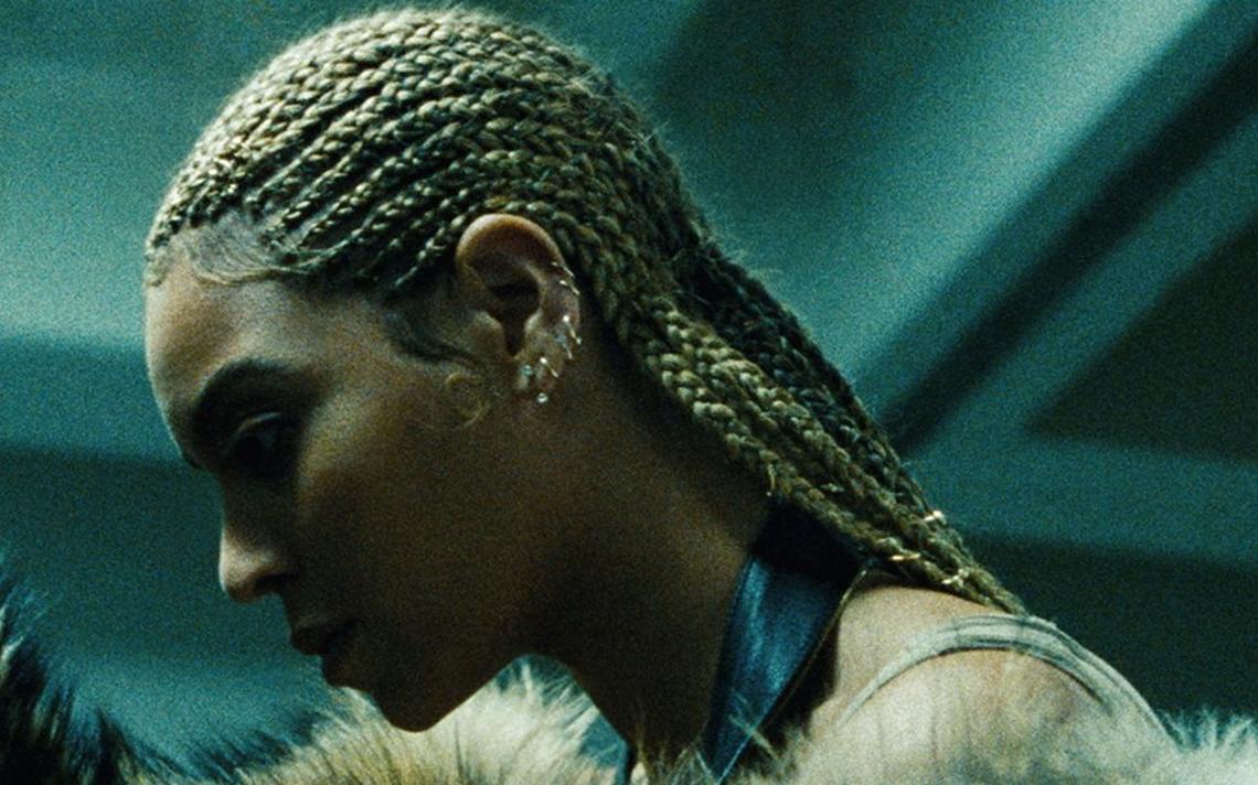 Capa do disco visual da cantora. 'Lemonade' é uma referência à escravidão