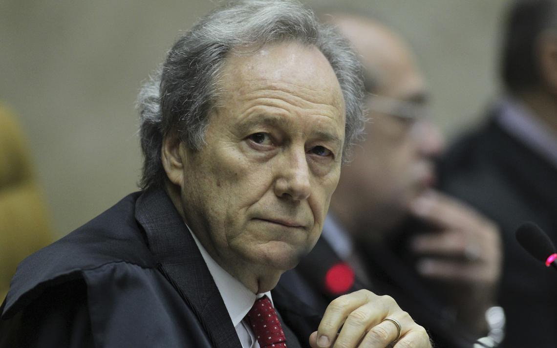 Ricardo Lewandowski durante sessão no Supremo Tribunal Federal