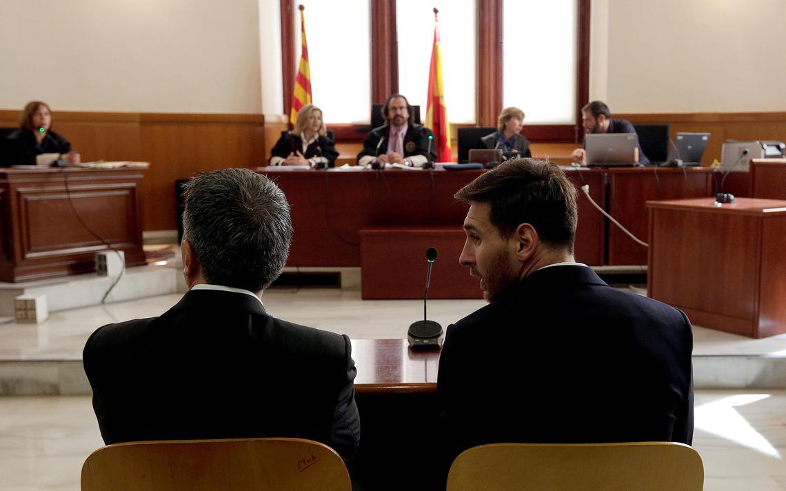 Jogador argentino do Barcelona foi condenado pela justiça espanhola