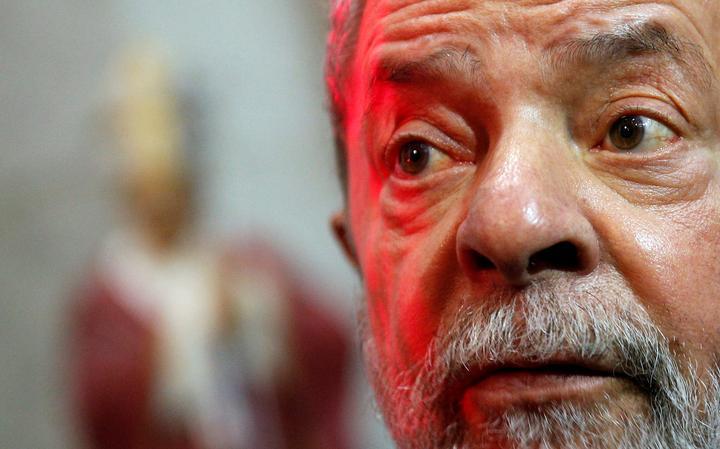 Lula durante o funeral de Dom Paulo Evaristo Arns, em SP