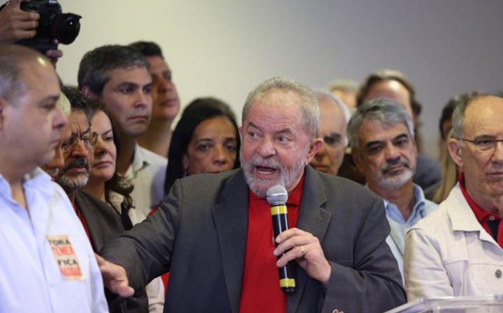 Ex-presidente fala após ser alvo de denúncia