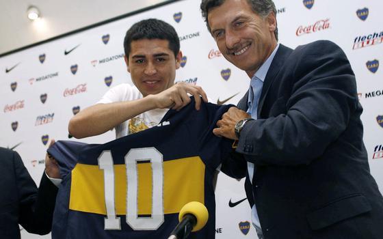 4 casos que mostram como futebol e política se misturam na Argentina