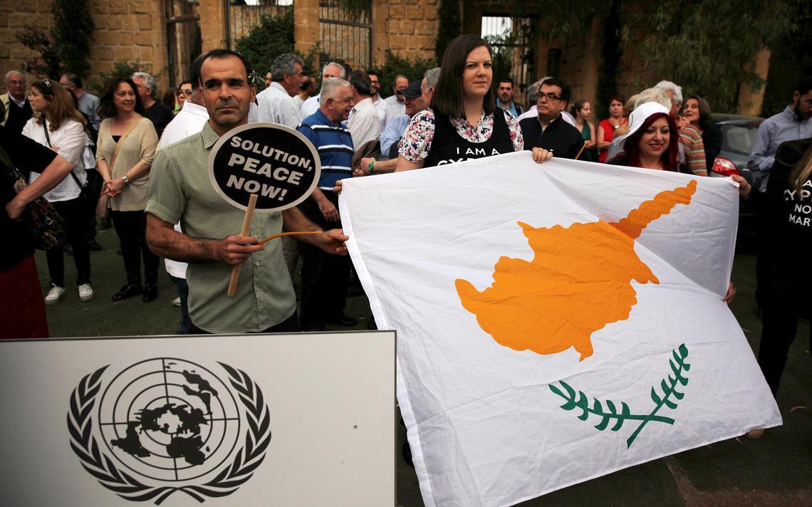 Ato no Chipre pede resolução pacífica de desentendimento histórico entre as comunidades de decendentes da Grécia e da Turquia no país