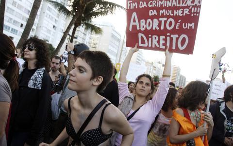 Novos feminismos e a luta pelos direitos das mulheres
