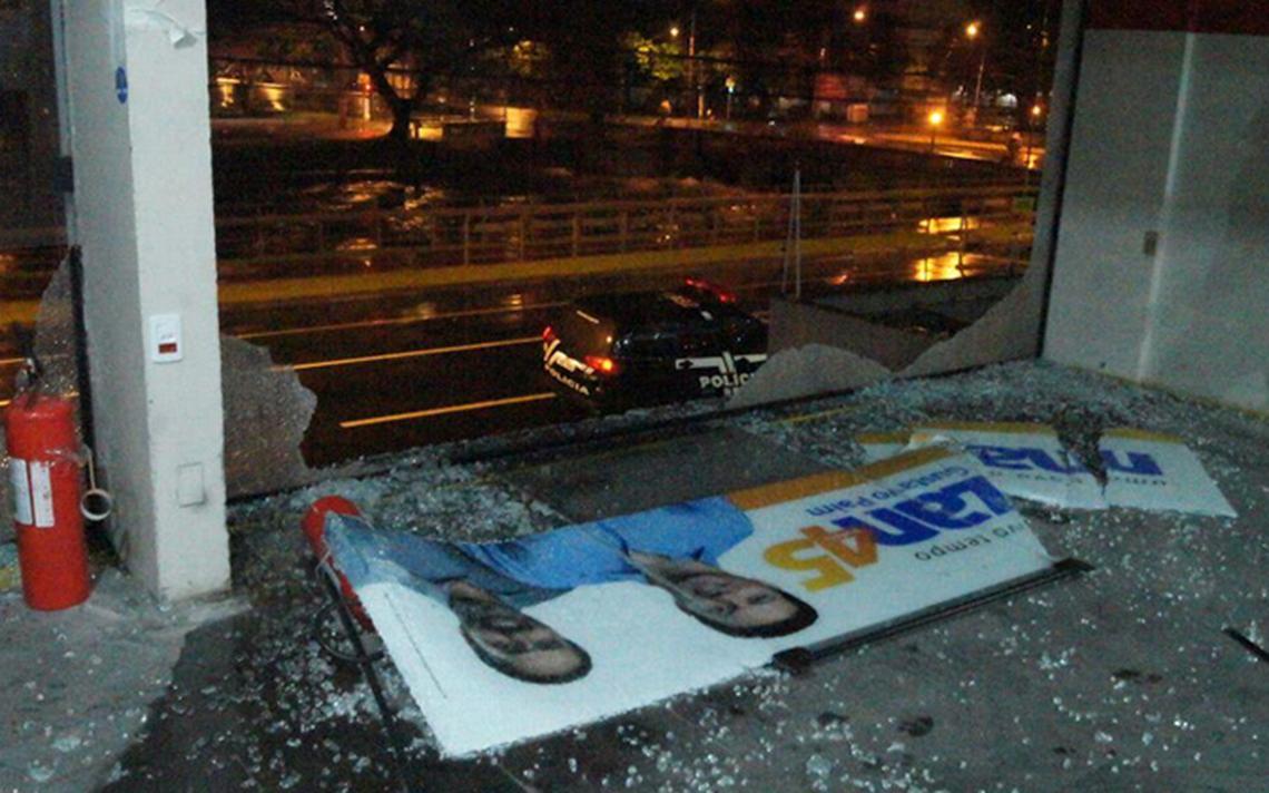 Vento quebrou o vidro de sede da campanha de Marchezan