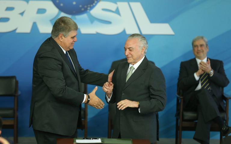 Presidente Temer dá posse ao novo articulador político do governo, Carlos Marun (PMDB-MS)