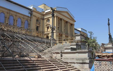 Museus danificados ou destruídos se reorganizam