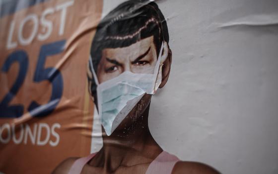 Por que homens tendem a resistir mais ao uso de máscara