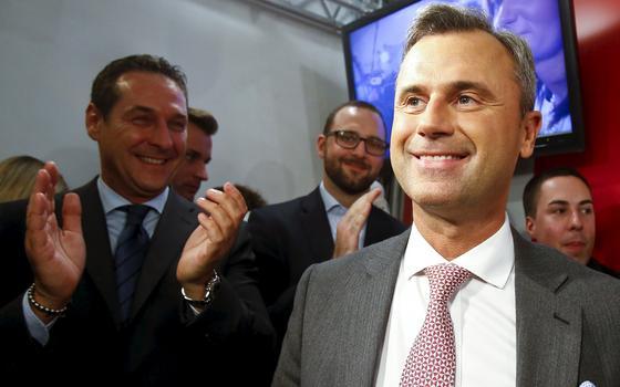 Ultranacionalista vence 1º turno na Áustria e fala em dissolver o Parlamento