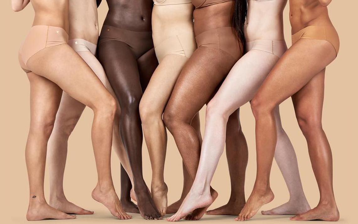 Lingerie nude
