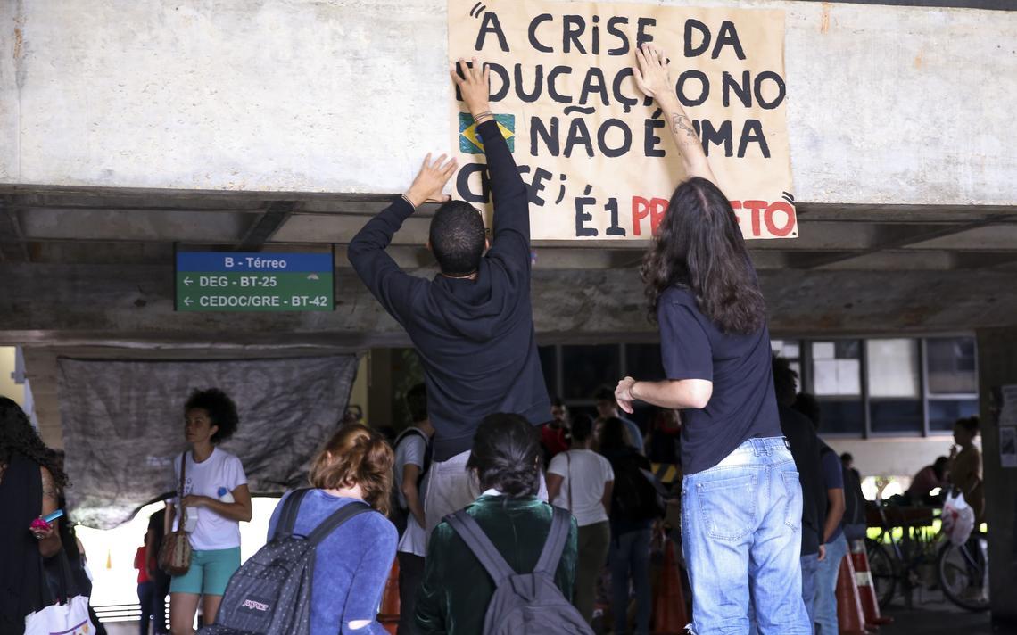 Protesto estudantil contra a PEC do Teto