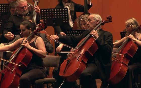 A orquestra que tocou temas de 30 filmes em 30 minutos