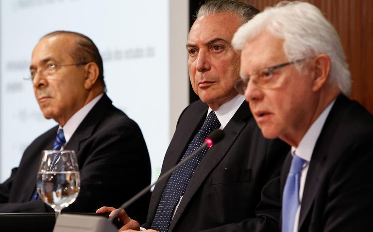 Ministro Eliseu Padilha, o presidente Michel Temer e o ministro Moreira Franco