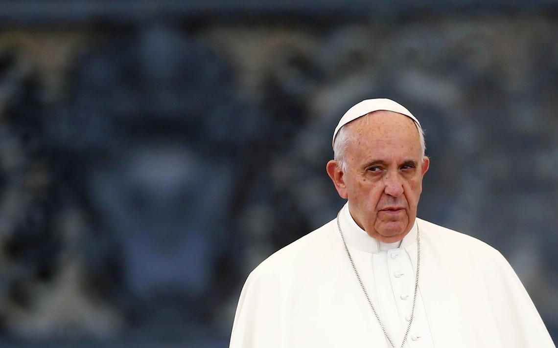 Papa Francisco em vigília na Praça de São Pedro, no Vaticano