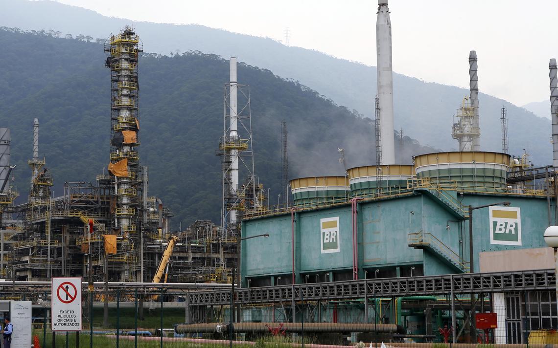 Refinaria da Petrobras em Cubatão, São Paulo