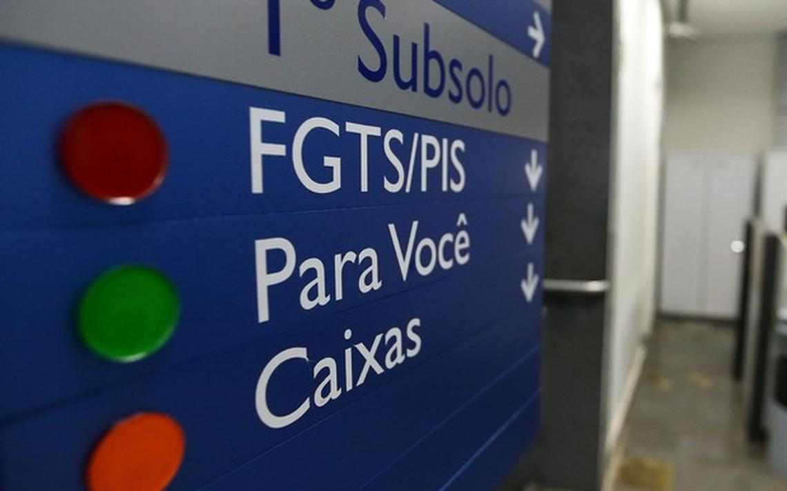 PIS pode ser sacado na Caixa, enquanto Pasep está disponível no Banco do Brasil