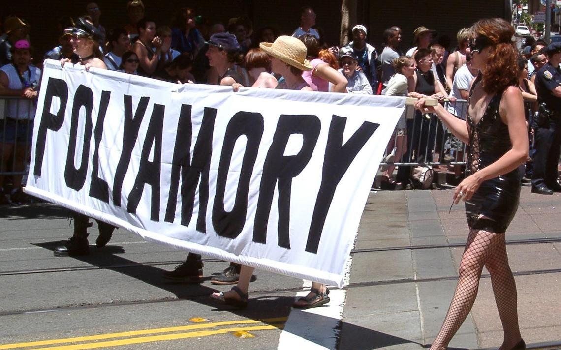 Polyamory Pride, marcha pelas relações poliafetivas, em São Francisco, em 2004