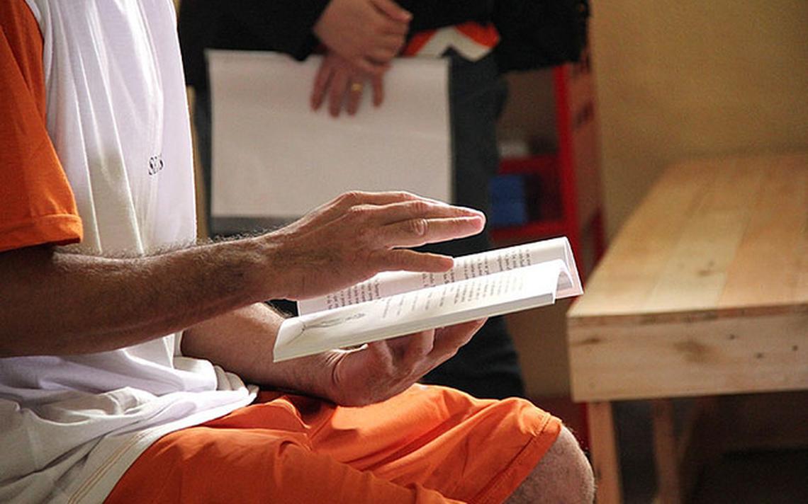 Projeto de remição de pena pela leitura para detentos do regime semiaberto do Espírito Santo