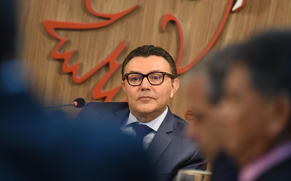 Carlos Siqueira, presidente nacional do PSB, em reunião com a bancada de deputados do partido