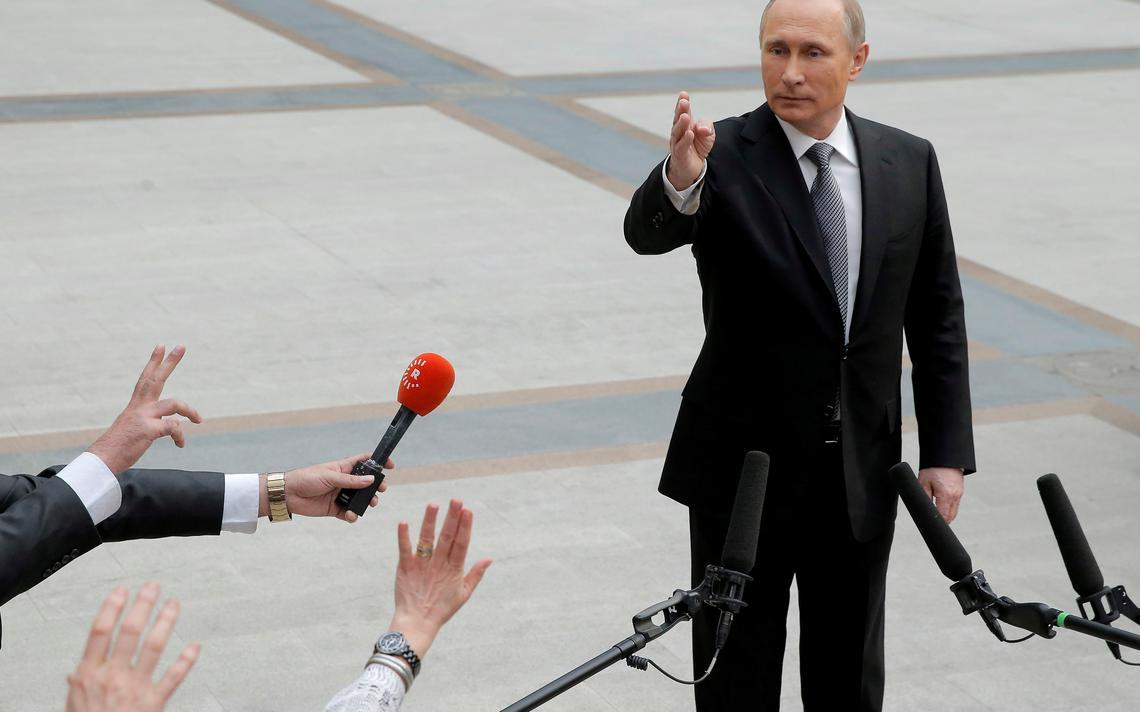 Presidente russo dá entrevista coletiva