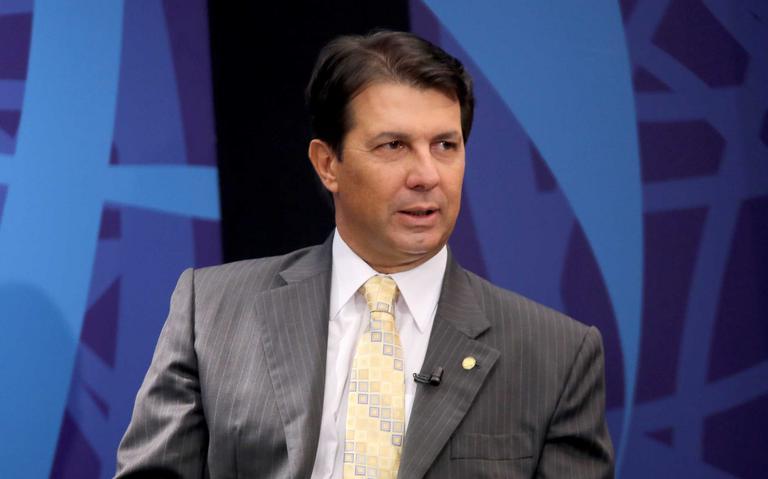 Deputado Arthur Maia, relator da reforma da Previdência, concede entrevista
