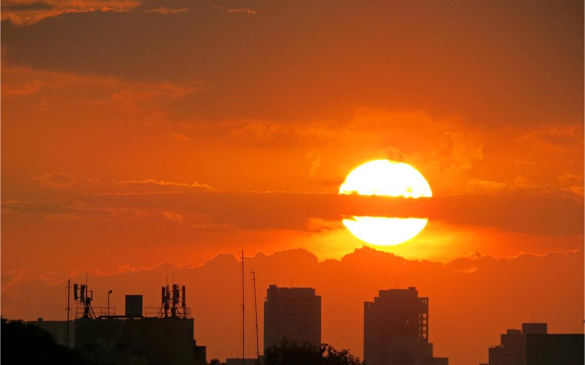 El Niño contribui para o aumento da temperatura. Mas a grande causa são as emissões de gases poluentes