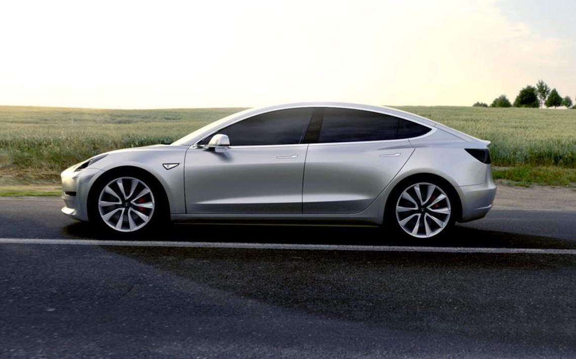 Tesla Model 3 não deve chegar aos compradores antes do final de 2017, na previsão mais otimista