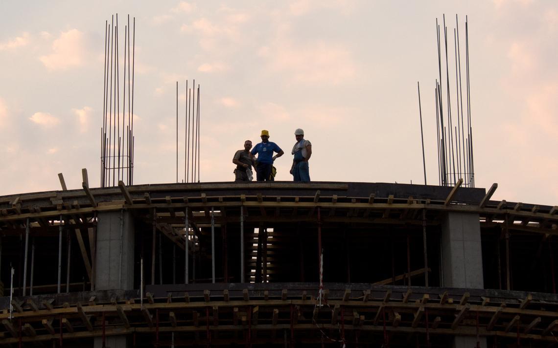 Condições trabalhistas no Brasil estão em debate após declarações do presidente da CNI