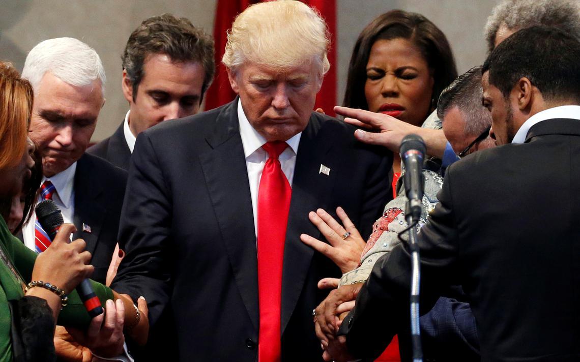 Clero reza para Trump