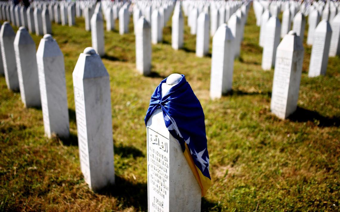 Srebrenica foi palco de assassinatos em massa em 1995