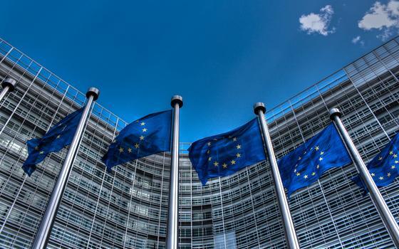 A duração das regras fiscais mais frouxas na Europa e no Brasil