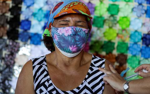Como a vacinação está mudando o perfil da covid no Brasil