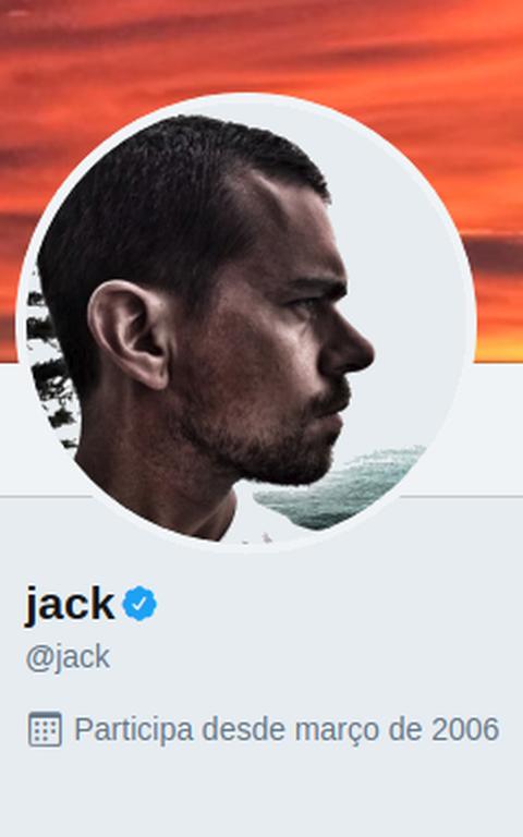 Ícone de conta verificada aparece ao lado do nome do fundador do Twitter em sua conta oficial