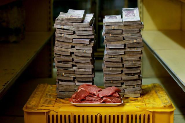 Um quilo de carne, em média, estava por 9,5 milhões de bolívares, ou algo como US$ 1,45 (R$ 5,87)
